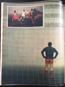 Liverpoolkeeper Lawrence tuurt in de mist